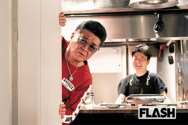 「名物の特上ハラミには、辛子醬油が最高だよ」(小沢)