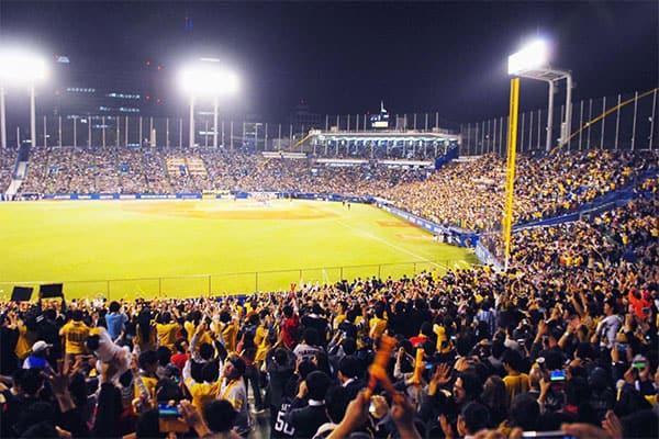 野球評論家12人が順位予想「セは巨人、パは楽天が優勝」