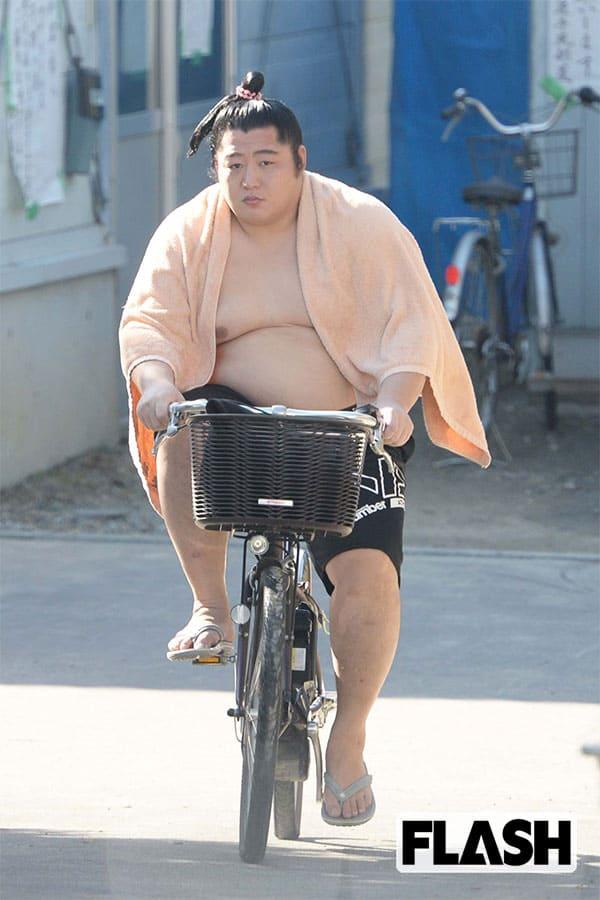 遠藤に日大のドンが激怒した「裏切り婚」【上半期スクープ】