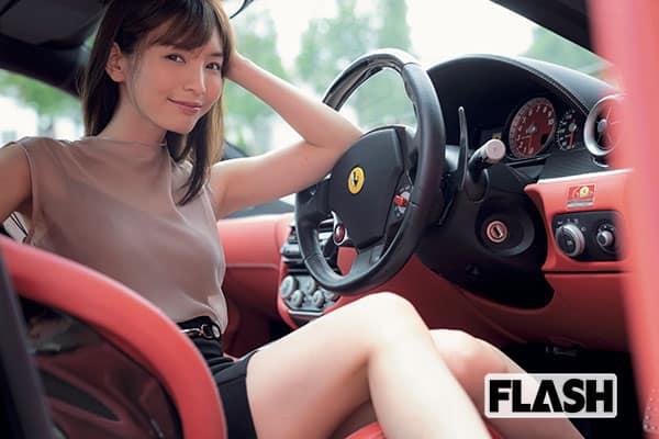 ほのか「フェラーリ女子はあざとかわいい」