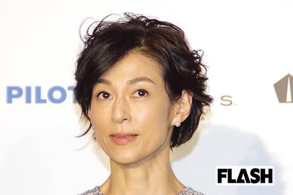鈴木保奈美、3人の娘がファッションにアドバイス「今っぽくない…」
