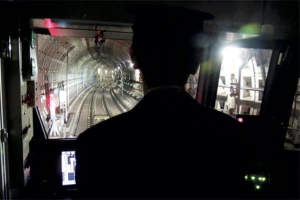 『乗りものニュース』名物記者の地下鉄スクープ「路線図にない線」