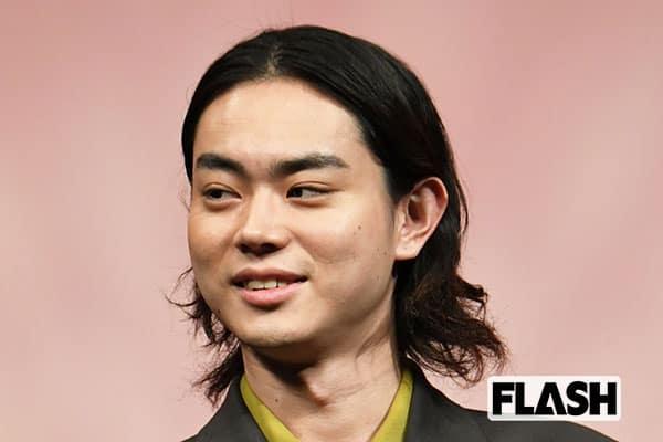 菅田将暉、小栗旬から「キラキラできるうちにキラキラしとけ」