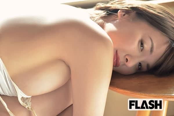 FLASH1525号「トップの女たち FLASHデジタル写真集BEST」