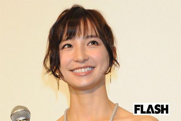 篠田麻里子の夫がドッグフード店開業「犬のため仕事を変えた」