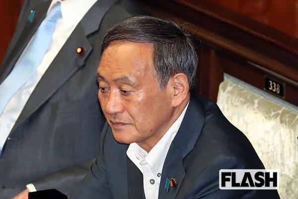 菅義偉・新総裁が誕生で…名刺は3万円、著書は30万円で転売中