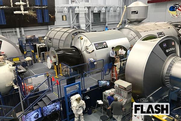 宇宙ステーションで「宇宙ゴミ」回避作戦…衛星の残骸が高速襲来