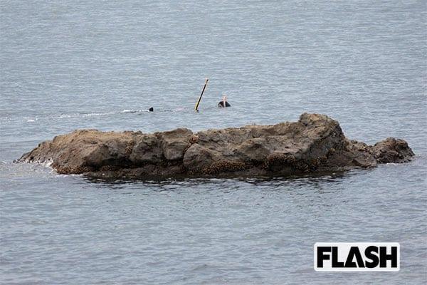 死角になった岩場を狙うため、警察や漁協関係者の目も届きにくい