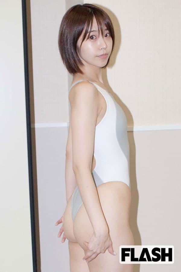 美女だらけの「競泳コスプレ」セクシーさのコツは小さめ水着!