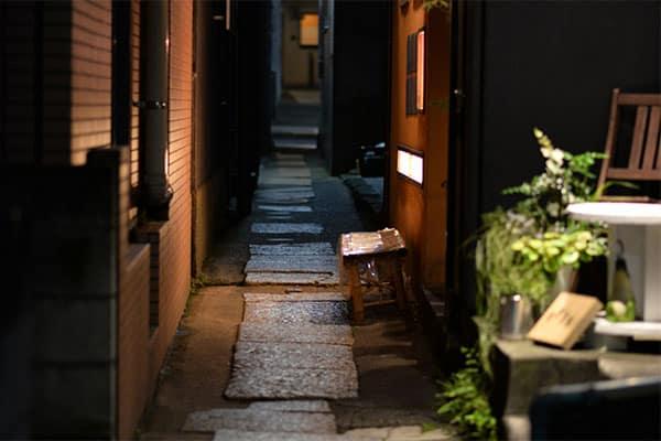 文豪が愛し続けた「神楽坂」に、粋な居酒屋が急増中