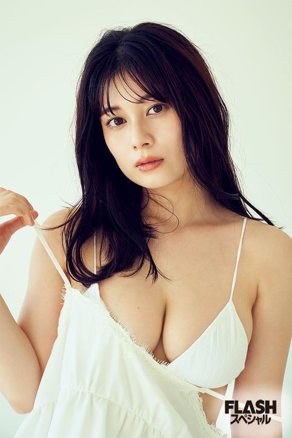 大久保桜子「水着?恥ずかしくありません。ふふふ。」