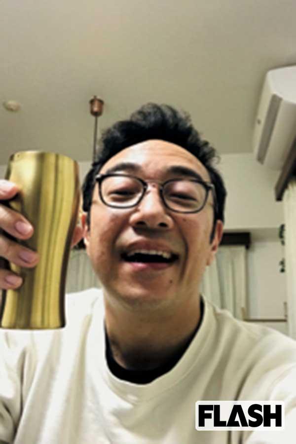 外出自粛期間の自撮り。飯塚と角田がリモート飲み会をしていたが……