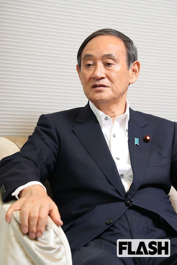 """菅首相、三男の妻は""""反安倍""""人脈「愛媛・松山市副市長」の娘"""