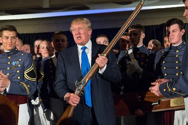 バイデン氏殺害計画も…トランプ氏の大統領選敗戦で「武装支持者」が一斉蜂起!