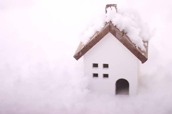 寒い家には住むな!家が暖かければ健康でいられる理由とは