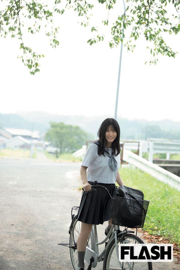 NMB48 上西怜「琵琶湖に飛び込んだことが思い出」地元・滋賀で撮影