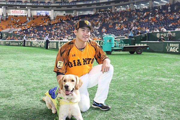 巨人・菅野智之、介助犬協会に900万円を寄付…支援のきっかけは伯父・原辰徳監督