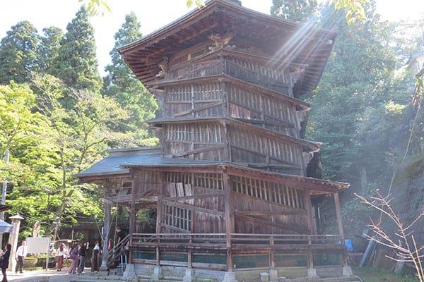【写真deクイズ】ニッポン上から下まで「ここはどこ?」珍妙すぎる建築
