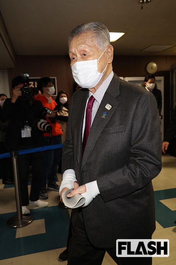 """森喜朗、83歳 """"暴走老人"""" に菅首相は「ま、しょうがねえよな」と責任回避の姿勢"""