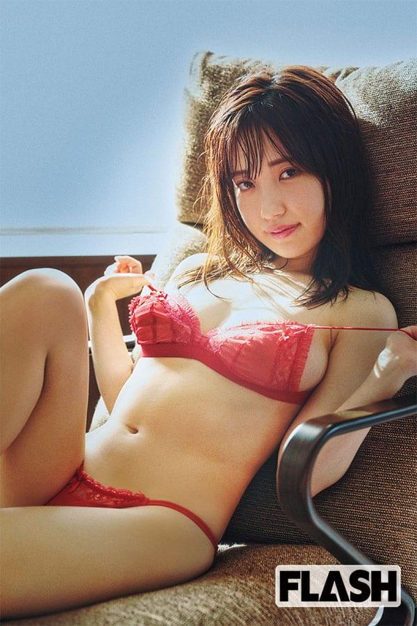 """朝田ひまり「令和イチいやらしいGカップグラドルの""""初体験""""」"""