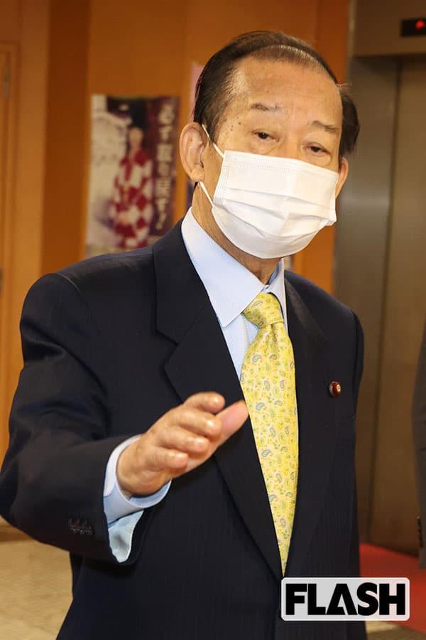 首相 息子 菅