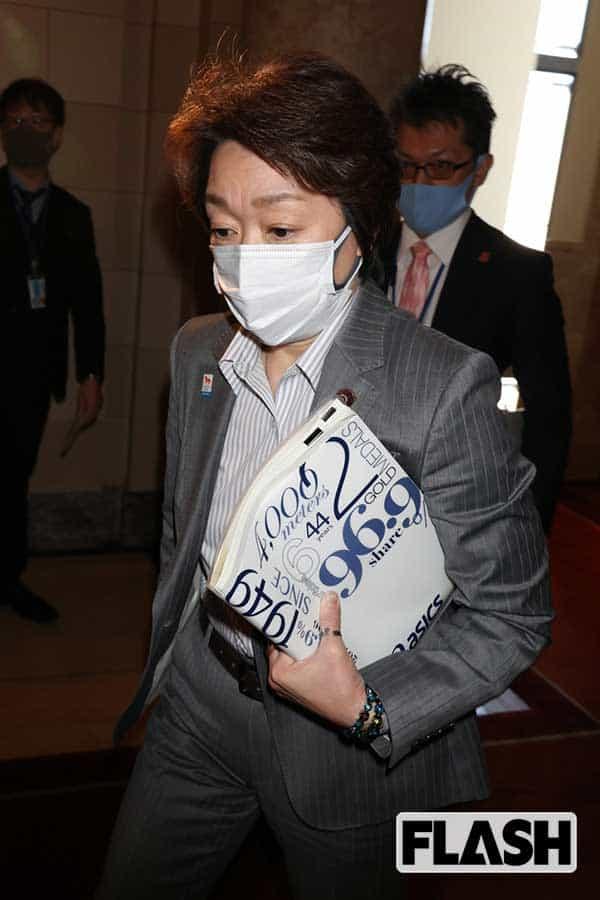橋本聖子、「体がデカい」警察官夫と子供6人の大家族…夫婦の夢は「共働きで慎ましく」