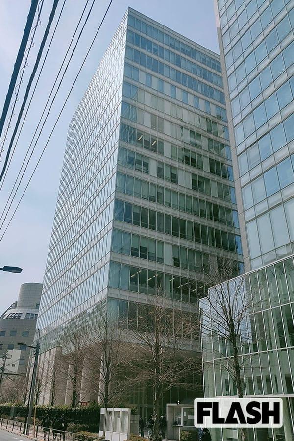 辻井伸行の母校・上野学園大学、学生に廃学告知はZoomで! 経営者は「バッハの楽譜」を売却し…