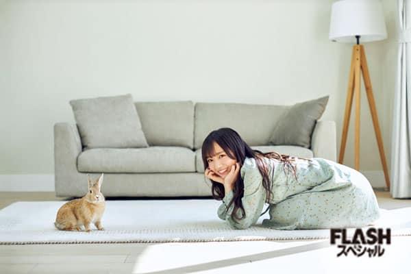 日向坂46 齊藤京子 憧れはTHE・女子! うさぎとの撮影にときめき