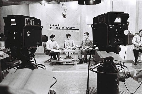 日本初のワイドショー『モーニングショー』が始まったのは4月1日だった