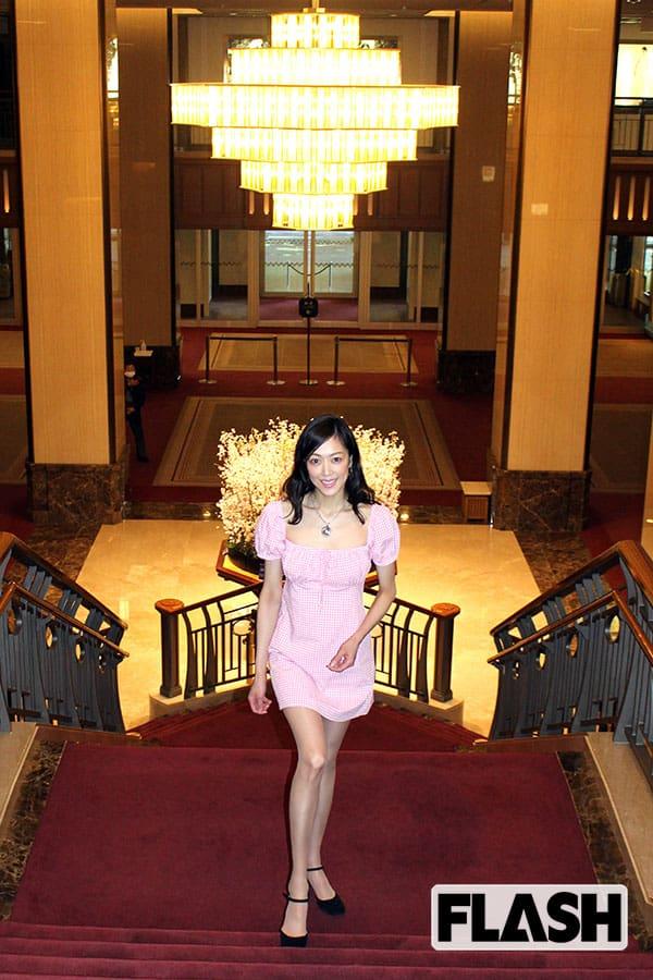 """元宝塚女優、""""帝国ホテル暮らし"""" を公開「おもてなしの心得がすごい」"""