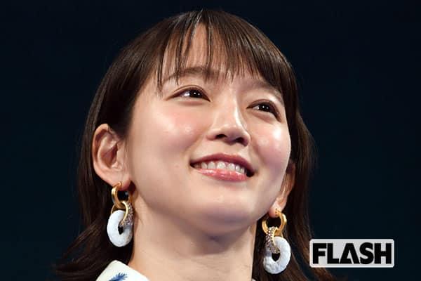 『レンアイ漫画家』吉岡里帆、低視聴率で「試合終了~?」の危機