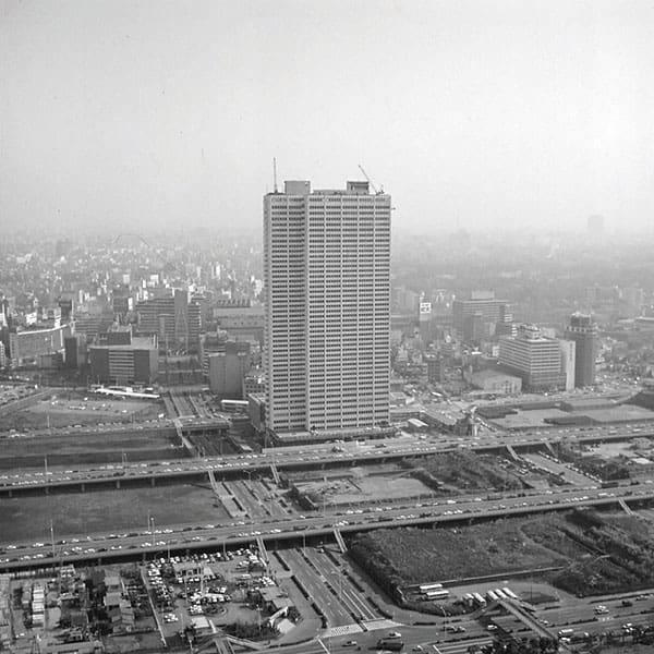 新宿に超高層ビルが建ち並ぶ…広大な敷地は浄水場跡だった/6月5日の話