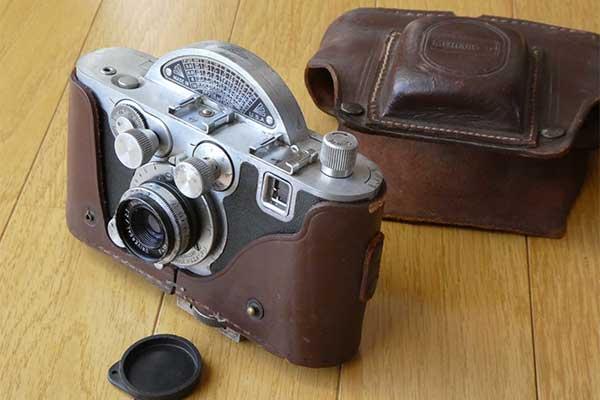 【頭の体操】カメラとケースの値段それぞれいくら