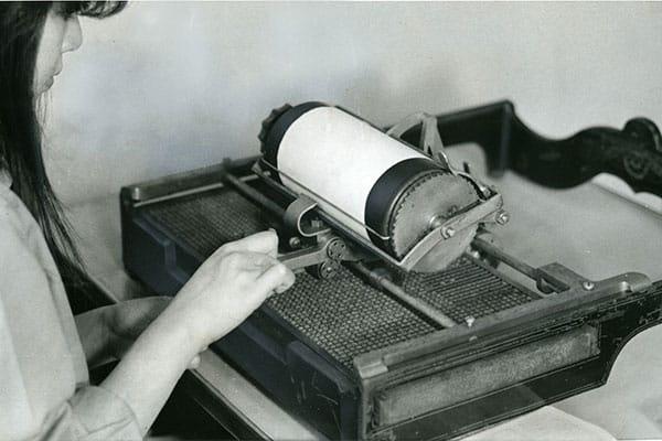 日本のオフィスを変えた「和文タイプライター」脅迫状にも使われる/6月12日の話