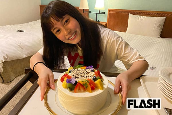 大久保桜子、戦隊ヒロイン23歳の目標は「学園ドラマで制服を着たい」