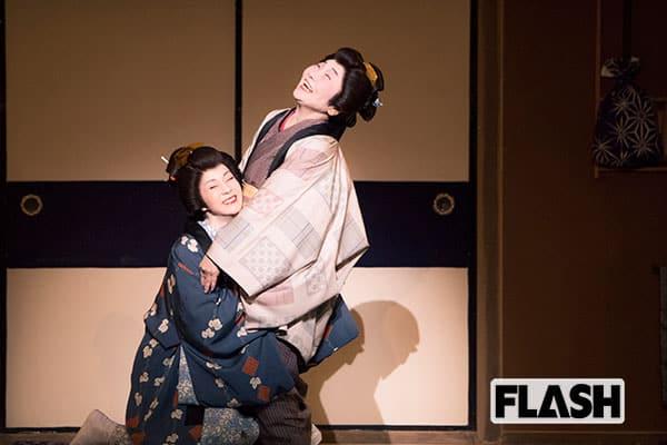 【坂本冬美のモゴモゴモゴ】『ただいま故郷』を出した年、初めて泉ピン子さんと舞台共演…人見知りで、繊細で、まっすぐな人
